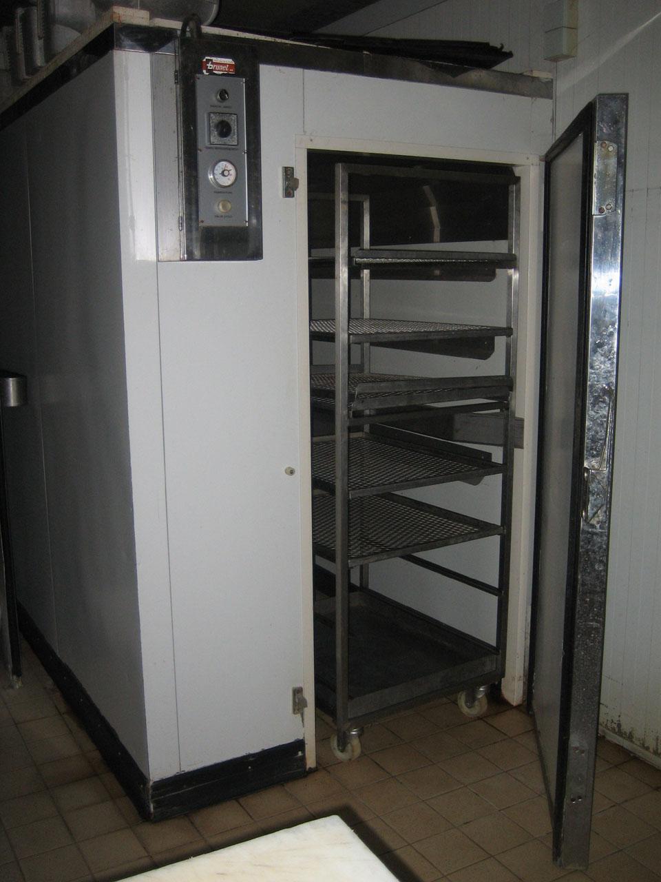 charcuterie bourgu mat riel frigorifique. Black Bedroom Furniture Sets. Home Design Ideas